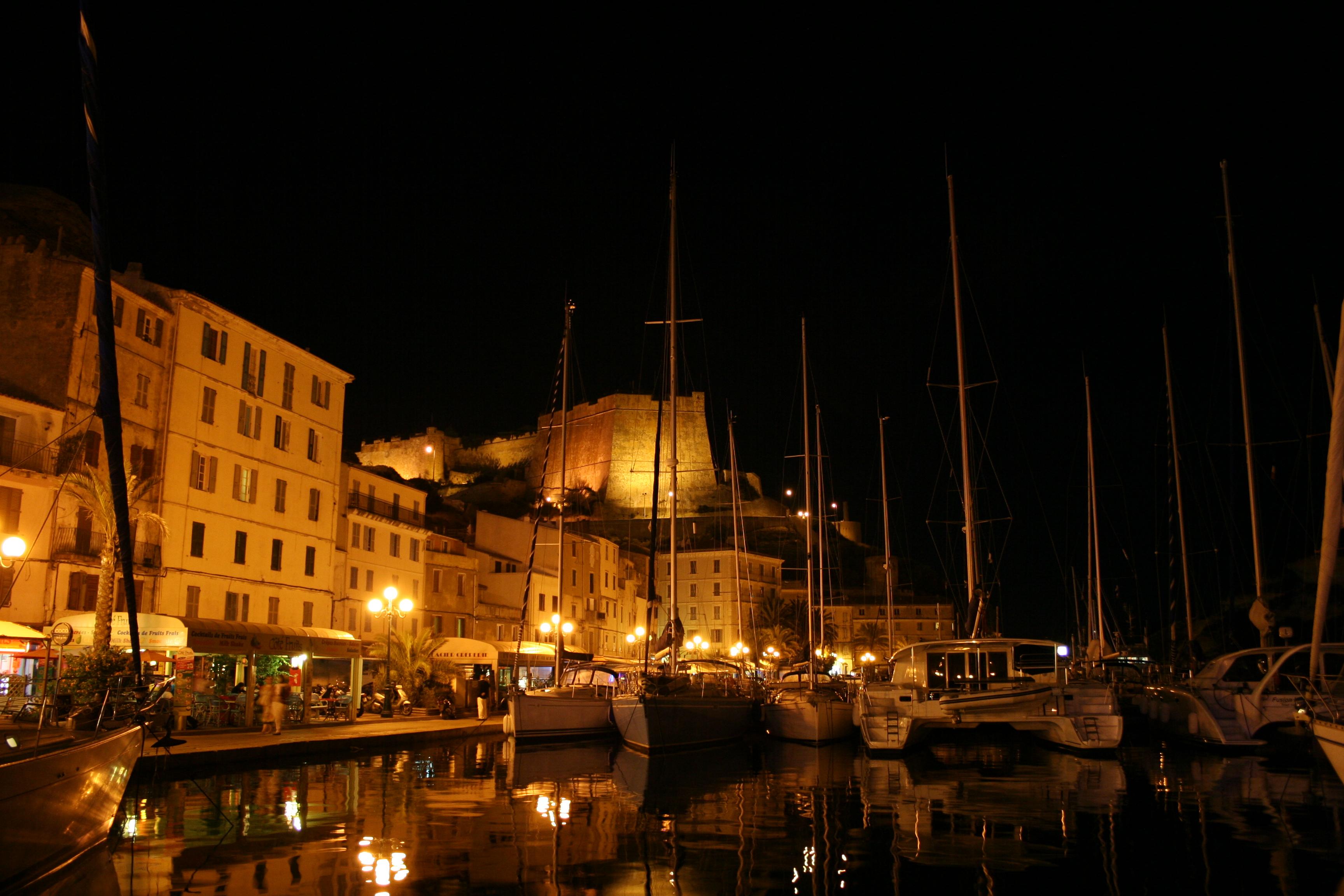 bonifacio -puerto