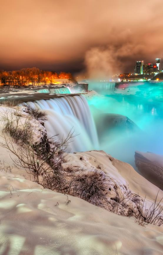 Frozen Niagara Falls http://pinterest.com/pin/278026976968370660/