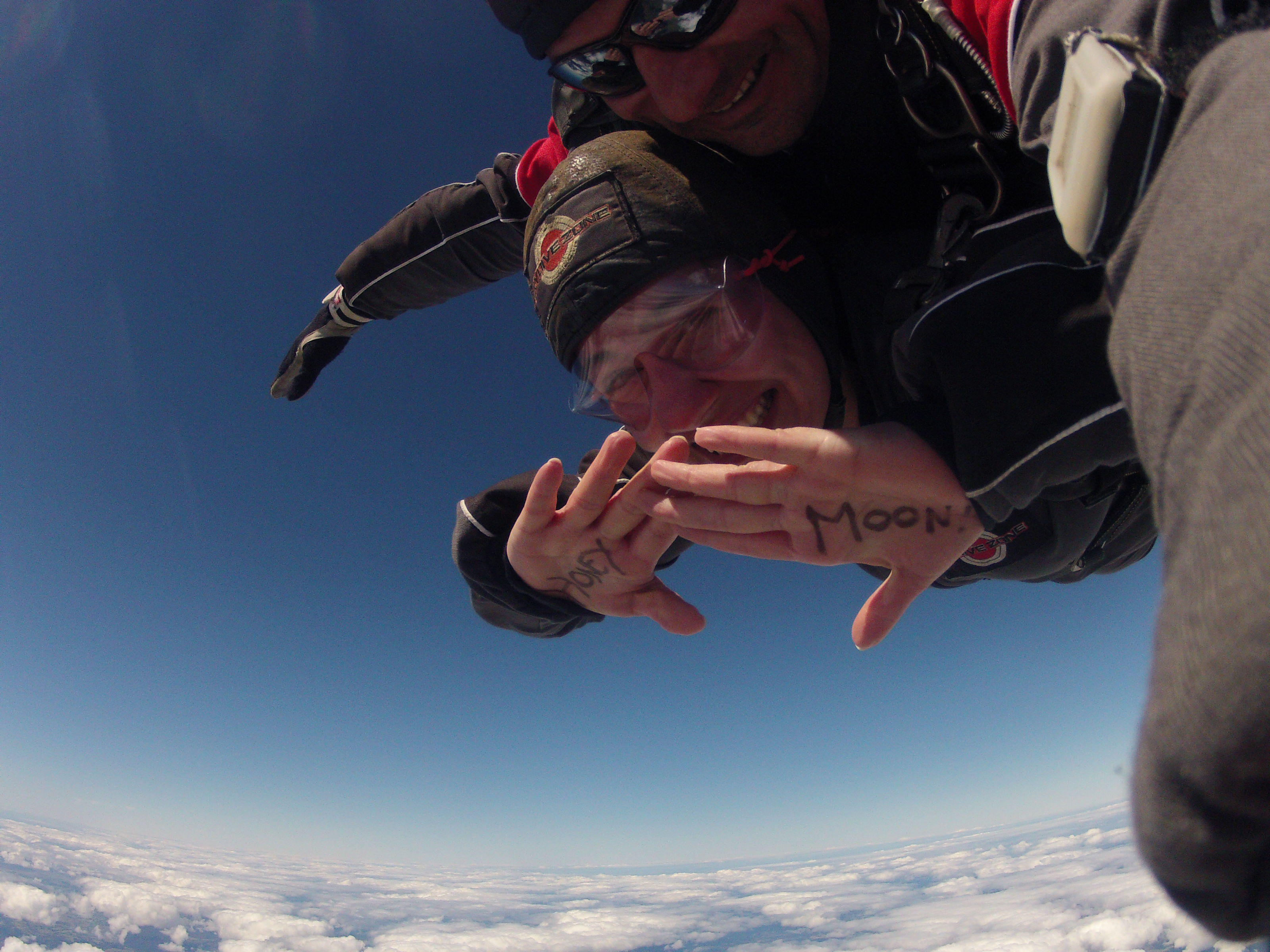 Skydiving: fear made fun