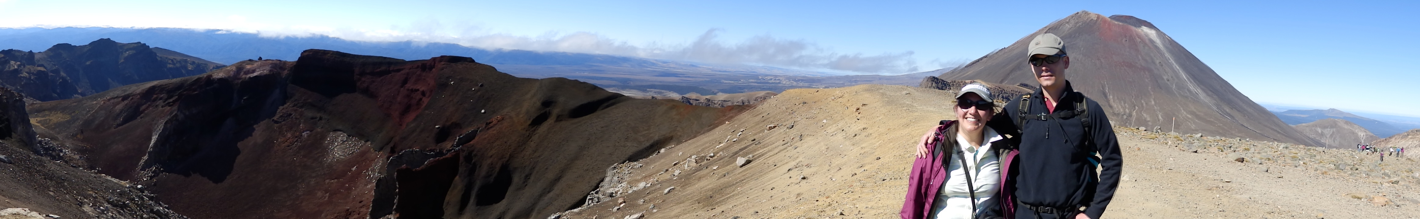 Tongariro crossing - red crater