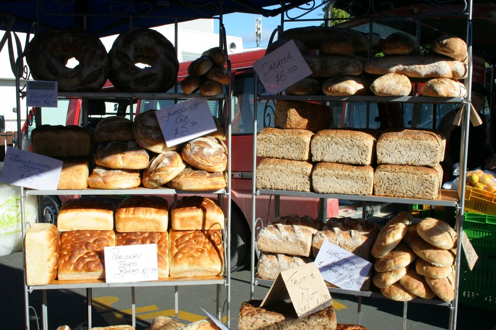 farmers market Kerikeri - fresh bread