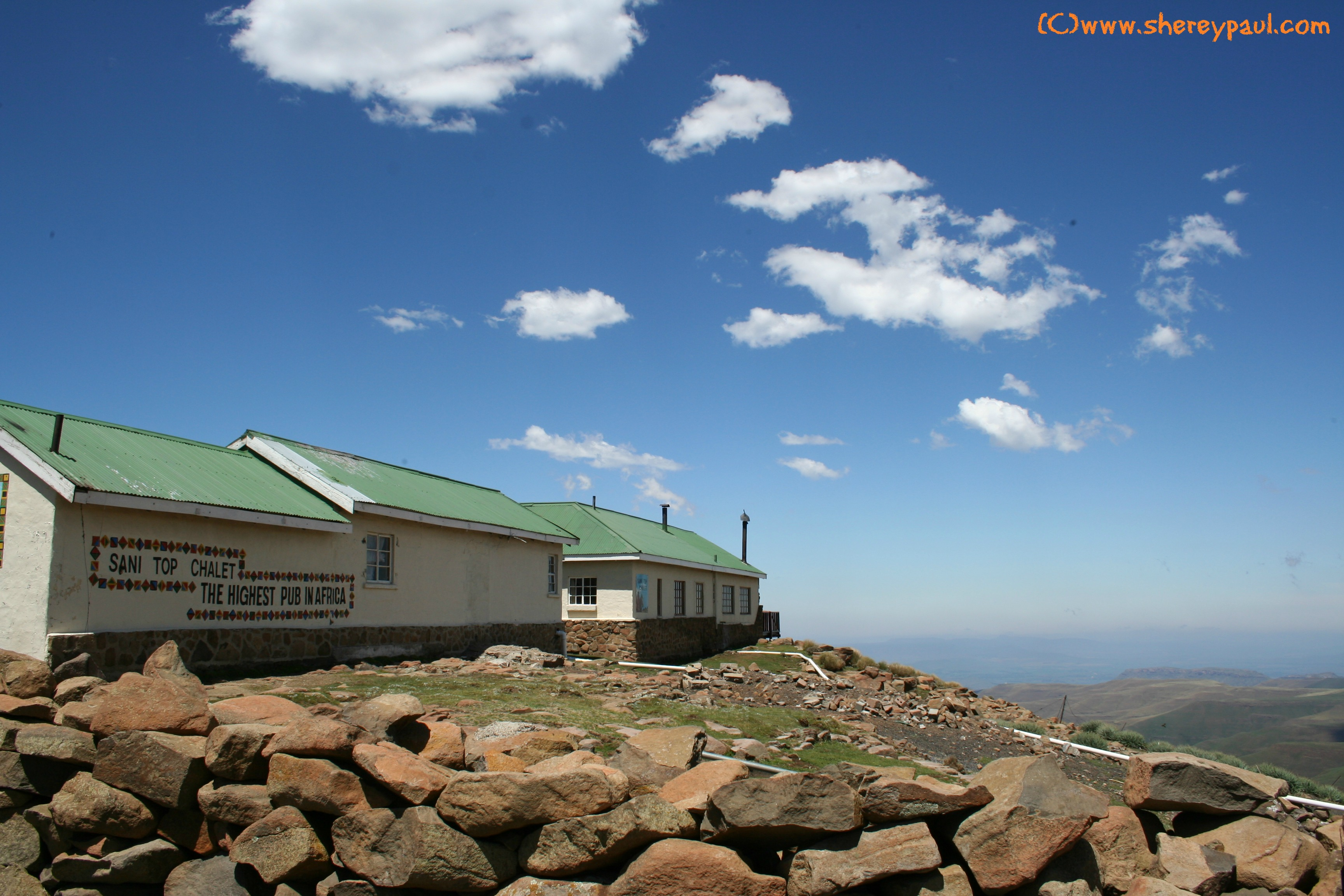 AtoZ: H is for Highest Pub in Africa, Sani Top Chalet – ww/mm
