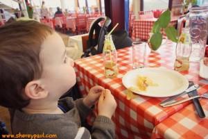 AtoZ of Friesland with kids: gourmet at the poffertjeskraam